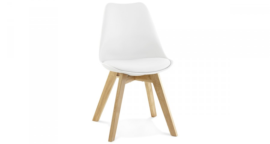 Chaise scandinave blanche pieds chêne Swevik