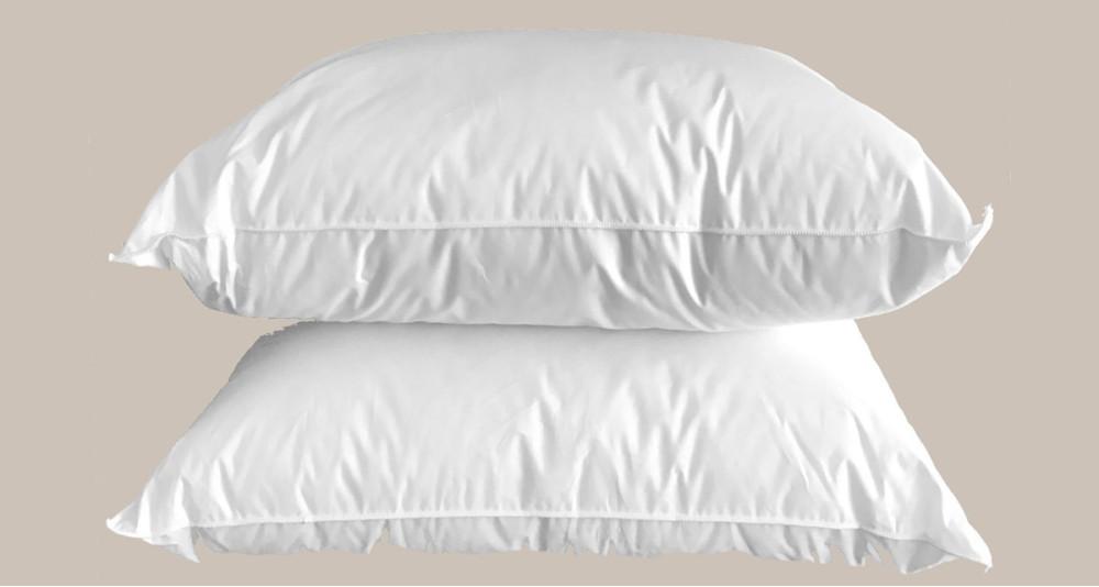 Deux oreillers Hôtel