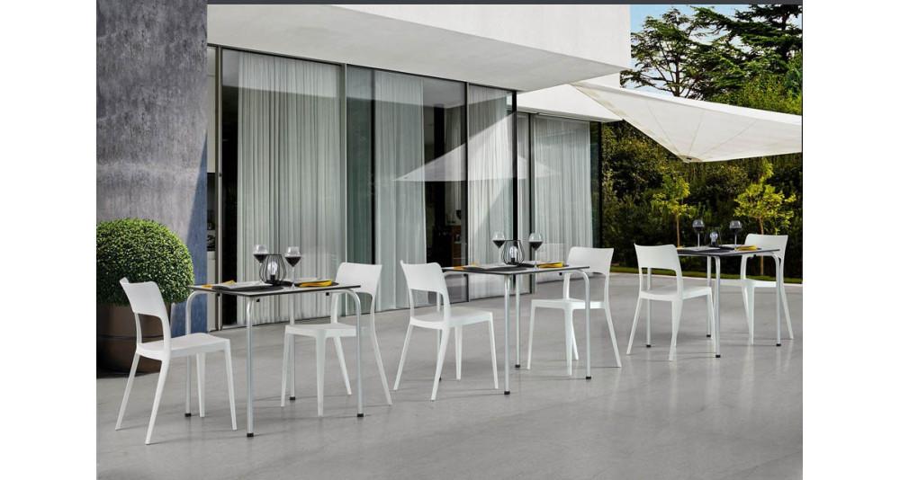 Lot 40 chaises jardin Vanda