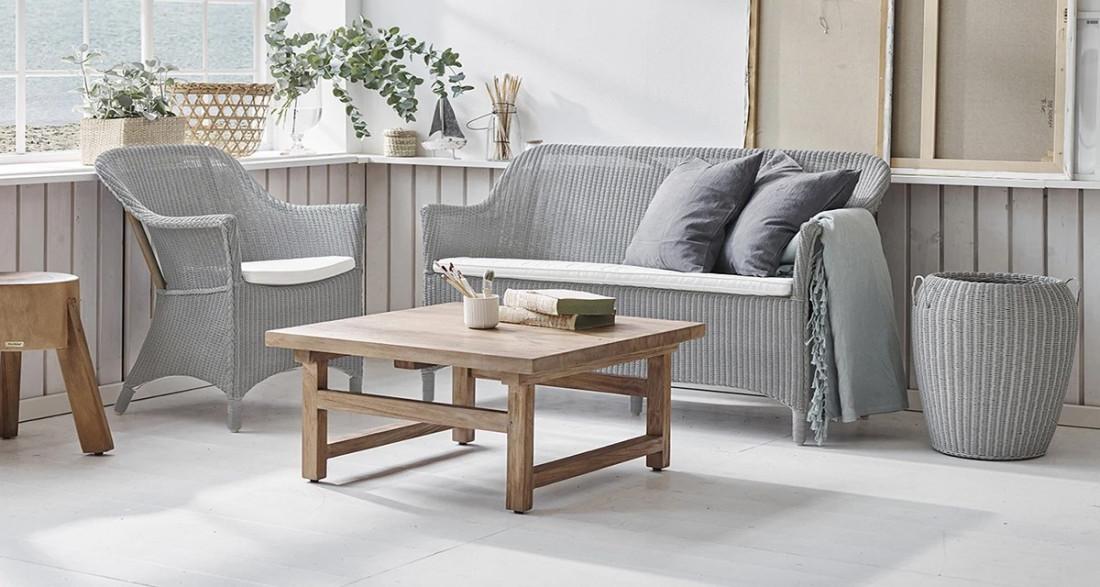 Grande table basse en teck carr e alfred Grande table carree
