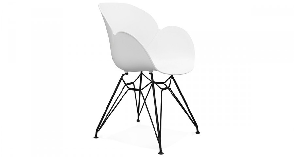 Chaise blanche scandinave industrielle Dorotea