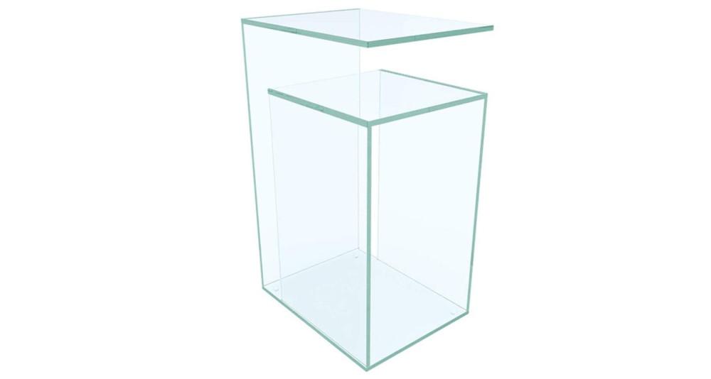 Bout de canapé minimaliste en verre clair Berger