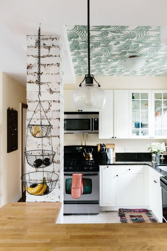 Papier peint jungle feuilles tropicales plafond cuisine
