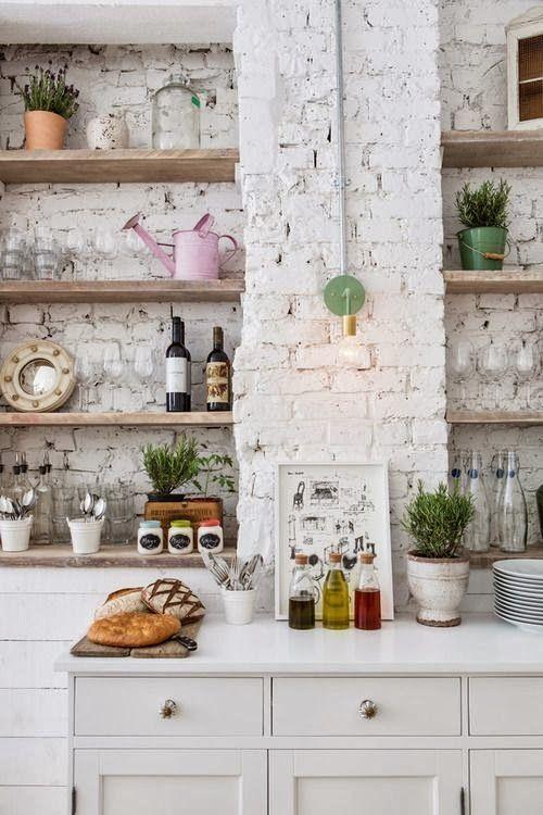 Mur en briques blanches décoration cuisine