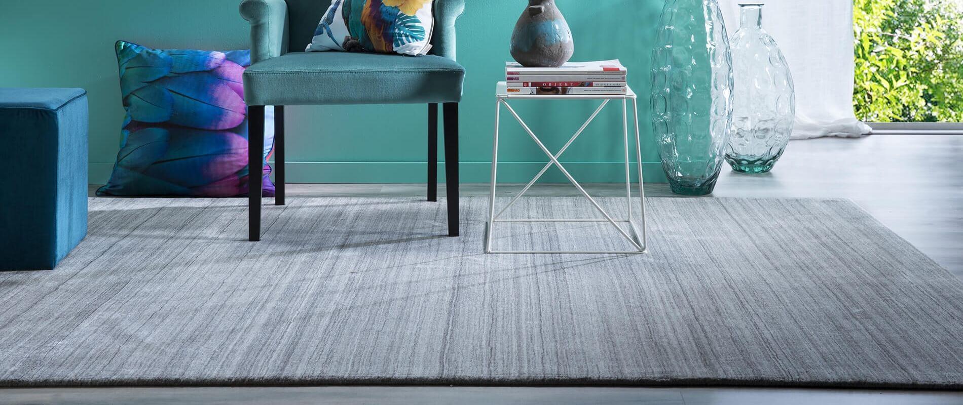 Tapis rectangulaire gris classique tout doux et design