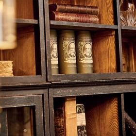 Bibliothèques et étagères Signature